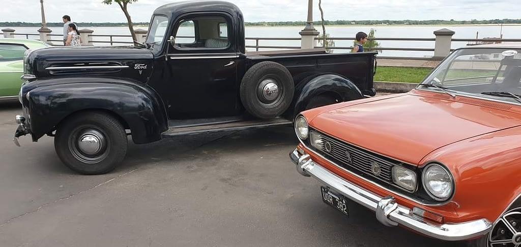 En San Miguel: encuentro de autos antiguos y clásicos 0